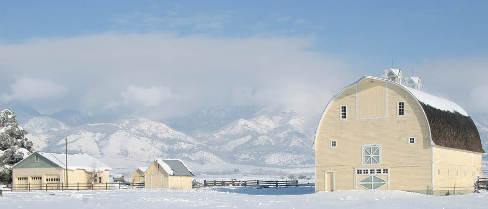 Big Yellow Barn - Winter Event Venue Bozeman MT