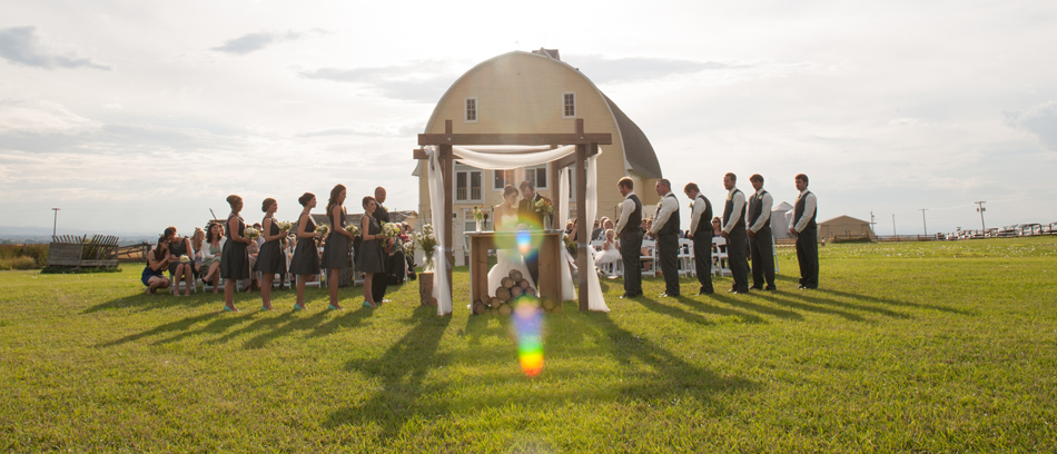 Bozeman Montana Outdoor Wedding Ceremony_Big Yellow Barn_Amelia Anne Photography